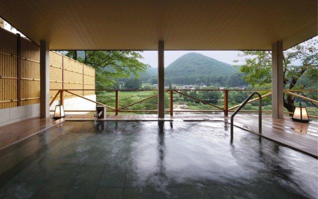 Отель Wakatakenosho Никко бассейн