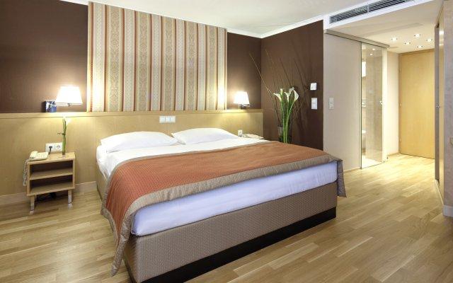 Отель Austria Trend Hotel Ananas Австрия, Вена - 5 отзывов об отеле, цены и фото номеров - забронировать отель Austria Trend Hotel Ananas онлайн комната для гостей
