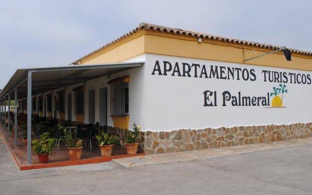 Отель Apartamentos El Palmeral Испания, Кониль-де-ла-Фронтера - отзывы, цены и фото номеров - забронировать отель Apartamentos El Palmeral онлайн вид на фасад