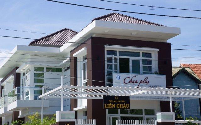 Отель Chau Plus Homestay вид на фасад
