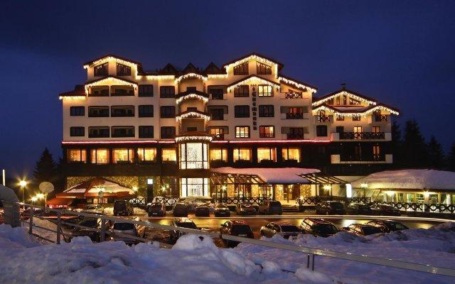 Отель Snezhanka Болгария, Пампорово - отзывы, цены и фото номеров - забронировать отель Snezhanka онлайн вид на фасад