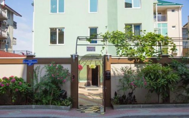 Отель Guest House Taiver Сочи вид на фасад