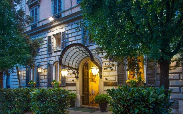 Отель Ludovisi Palace Hotel Италия, Рим - 8 отзывов об отеле, цены и фото номеров - забронировать отель Ludovisi Palace Hotel онлайн вид на фасад