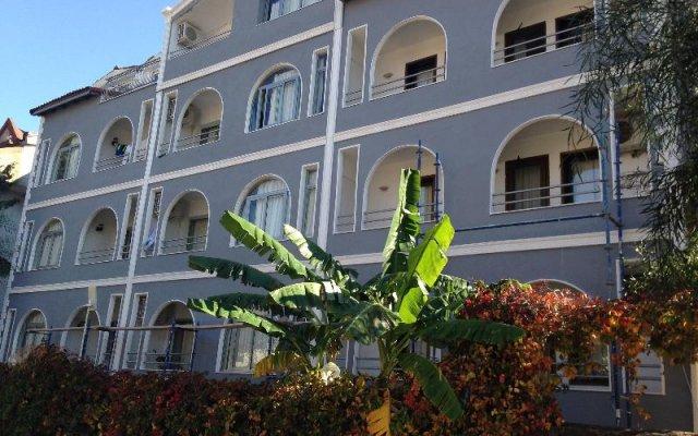 Отель Tropic Marina вид на фасад
