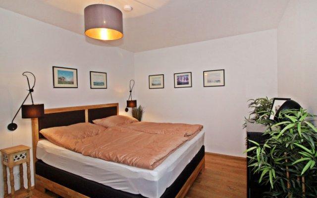 Отель Best Living комната для гостей