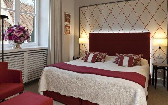 Hotel Bischofshof Am Dom In Regensburg Germany From 120 Photos