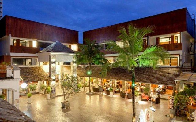 Отель Lap Roi Karon Beachfront вид на фасад
