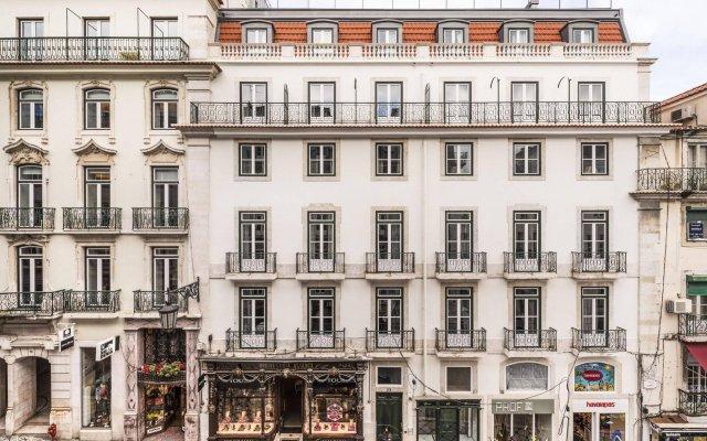 Отель Garret 48 Apartaments Лиссабон вид на фасад