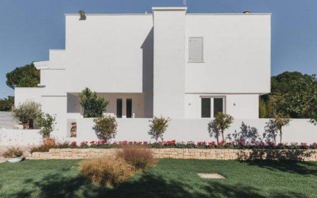 Отель La Petricor Бари вид на фасад