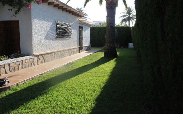 Отель Cabo Roig вид на фасад