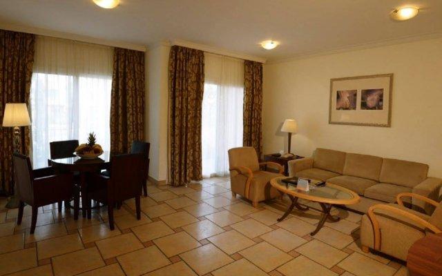 Seashell Julai`A Hotel & Resort