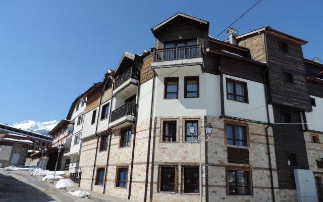 Апартаменты Gondola Apartments & Suites Банско вид на фасад