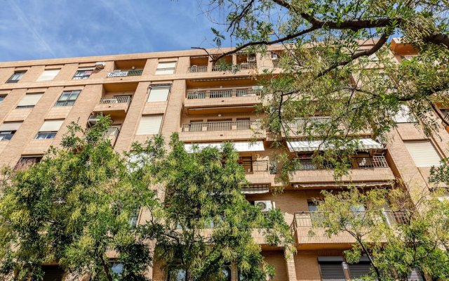 Отель Valencia Flat Rental Turia Gardens Валенсия вид на фасад