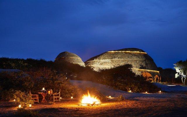 Отель Wild Coast Tented Lodge - All Inclusive Шри-Ланка, Тиссамахарама - отзывы, цены и фото номеров - забронировать отель Wild Coast Tented Lodge - All Inclusive онлайн вид на фасад