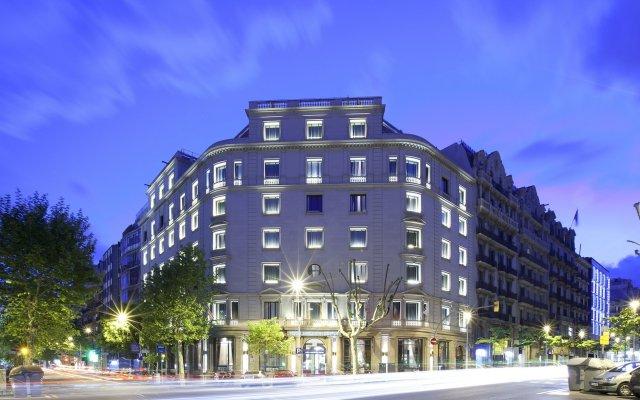 Hotel Barcelona Center вид на фасад