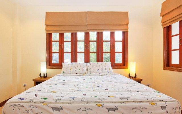 Отель Loch Palm Villa A комната для гостей