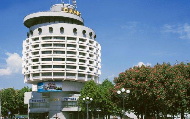 Гостиница Салют Отель Украина, Киев - 7 отзывов об отеле, цены и фото номеров - забронировать гостиницу Салют Отель онлайн вид на фасад