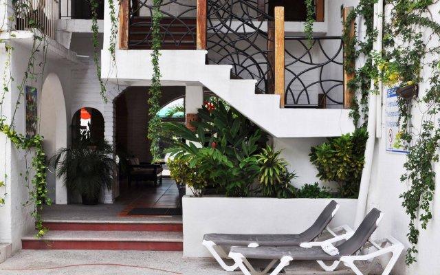 Hotel Hacienda de Vallarta Centro вид на фасад