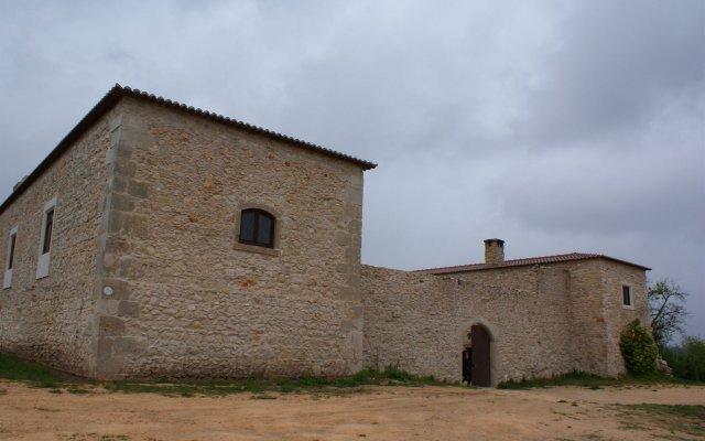Отель Paco da Ega вид на фасад