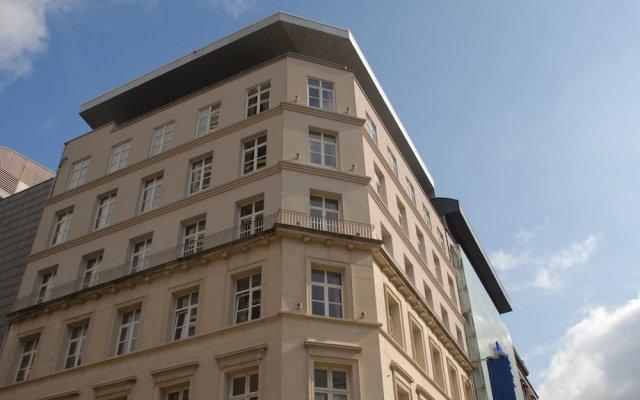 Отель Smartflats Design - Antwerp Central вид на фасад