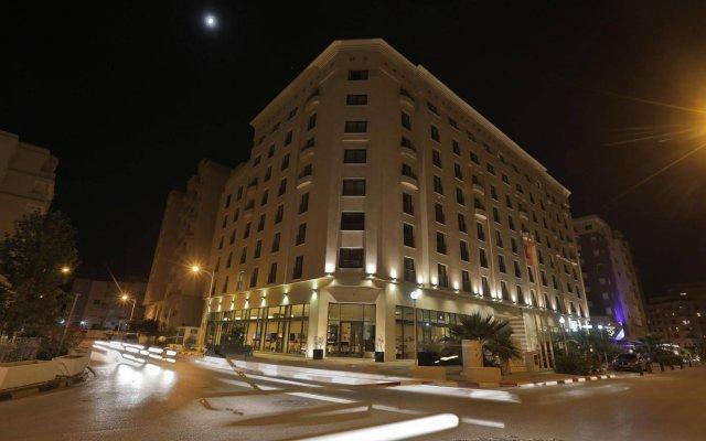Le Corail Suites Hotel вид на фасад