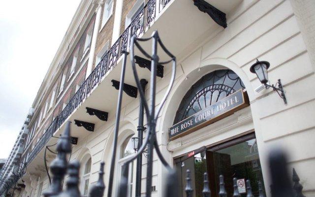 Rose Court Hotel вид на фасад