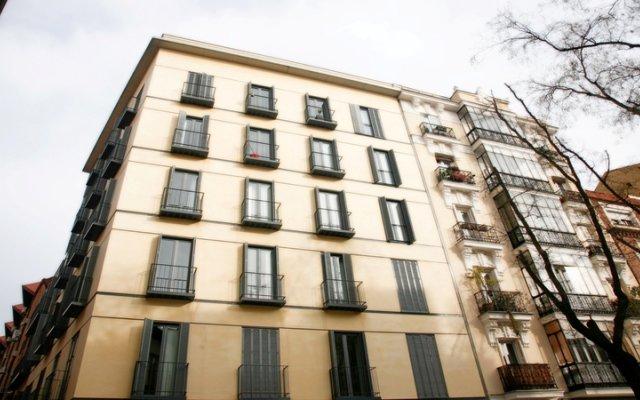 Отель Madrid SmartRentals Puerta del Sol Испания, Мадрид - отзывы, цены и фото номеров - забронировать отель Madrid SmartRentals Puerta del Sol онлайн вид на фасад