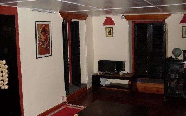Отель Kathmandu Bed & Breakfast Inn Непал, Катманду - отзывы, цены и фото номеров - забронировать отель Kathmandu Bed & Breakfast Inn онлайн вид на фасад
