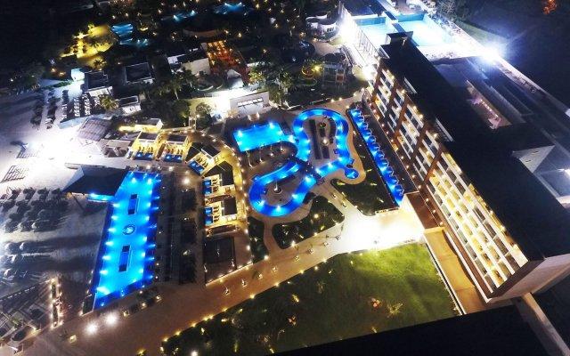 Royalton White Sands Resort & Spa All Inclusive