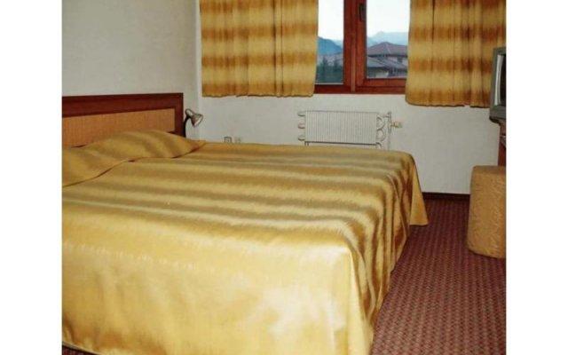 Отель Smolyan Болгария, Смолян - отзывы, цены и фото номеров - забронировать отель Smolyan онлайн комната для гостей