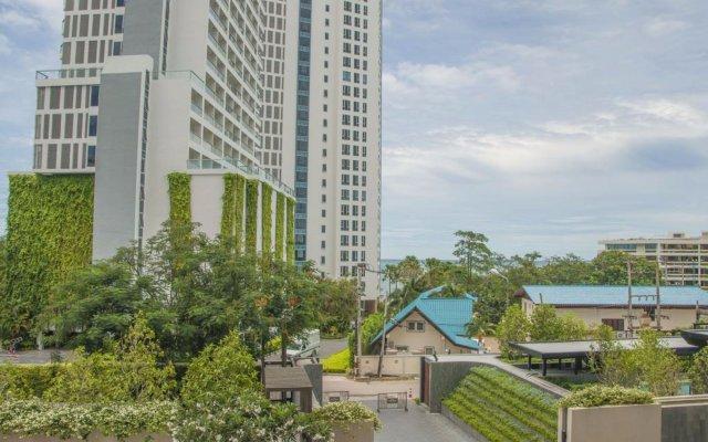 Отель Baan Plai Haad Beachfront Condominium Паттайя вид на фасад