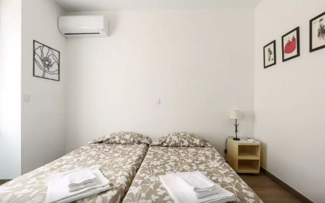 Sunny and Modern 1 Bedroom with Balcony2 1