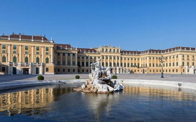 Schloß Schönbrunn Grand Suite