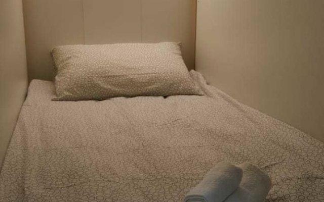 Cub-a Capsule hostel комната для гостей
