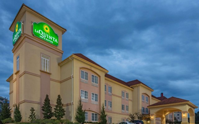 Отель La Quinta Inn & Suites Vicksburg США, Виксбург - отзывы, цены и фото номеров - забронировать отель La Quinta Inn & Suites Vicksburg онлайн вид на фасад