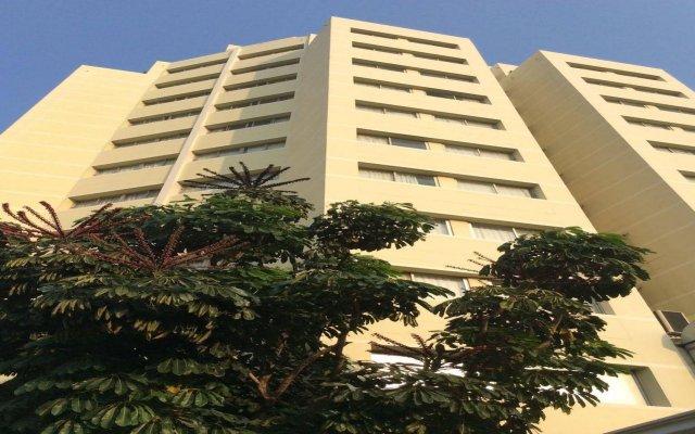 Отель Summit Pavilion Бангкок вид на фасад