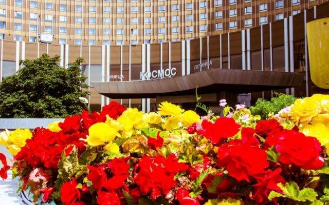 Гостиница Космос Клуб вид на фасад