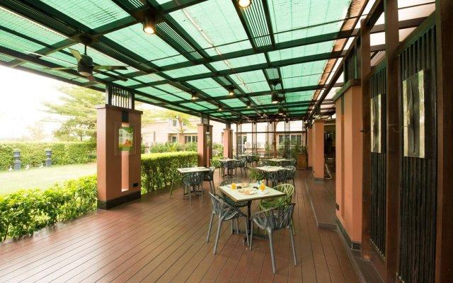 Отель Synsiri Resort Таиланд, Бангкок - отзывы, цены и фото номеров - забронировать отель Synsiri Resort онлайн вид на фасад