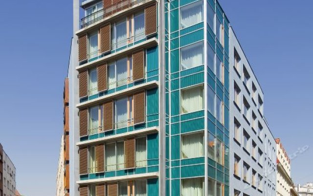 Отель Mamaison Residence Downtown Prague вид на фасад