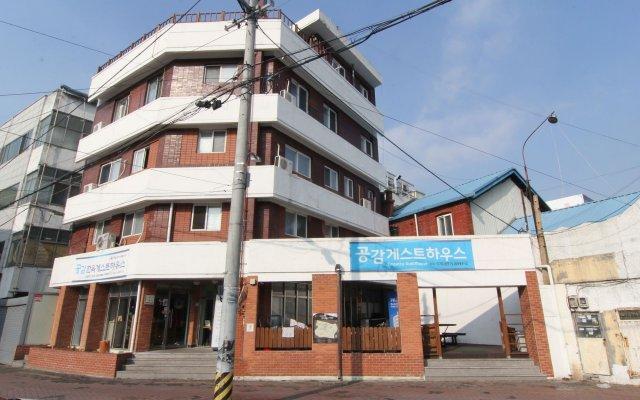 Отель Empathy Guesthouse - Hostel Южная Корея, Тэгу - отзывы, цены и фото номеров - забронировать отель Empathy Guesthouse - Hostel онлайн вид на фасад