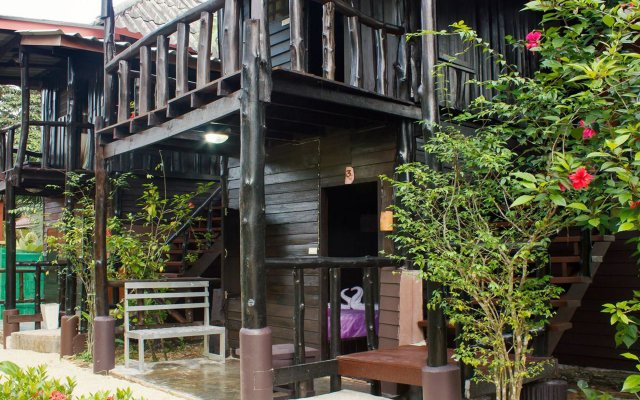 Отель Leaf House Ланта вид на фасад
