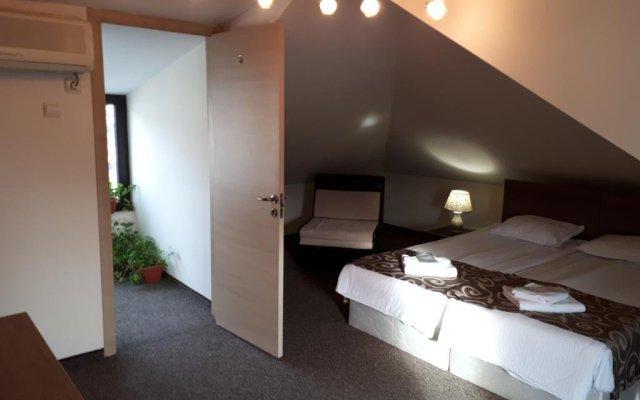 Отель Hotela Болгария, Шумен - отзывы, цены и фото номеров - забронировать отель Hotela онлайн комната для гостей