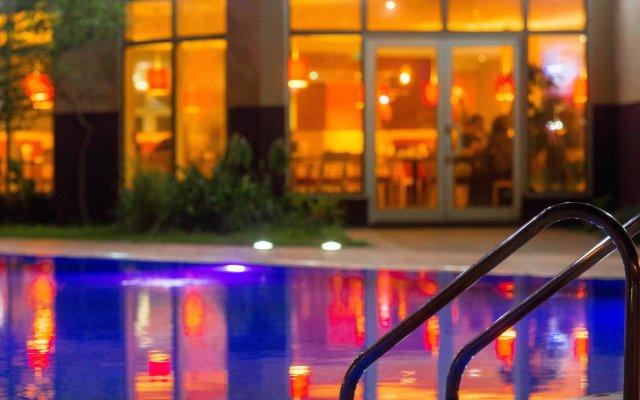 Отель Ibis Lagos Airport Нигерия, Лагос - отзывы, цены и фото номеров - забронировать отель Ibis Lagos Airport онлайн вид на фасад