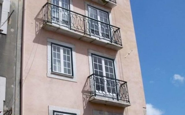 Отель Alfama River Apartments Португалия, Лиссабон - отзывы, цены и фото номеров - забронировать отель Alfama River Apartments онлайн вид на фасад