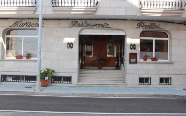 Hotel Paraiso Del Marisco Эль-Грове вид на фасад