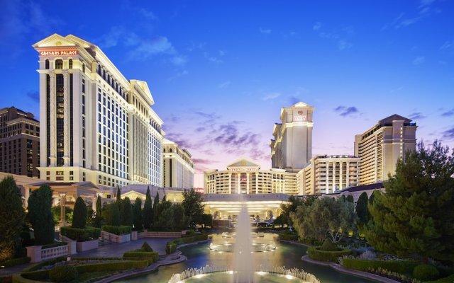 Отель Nobu Hotel at Caesars Palace США, Лас-Вегас - отзывы, цены и фото номеров - забронировать отель Nobu Hotel at Caesars Palace онлайн вид на фасад