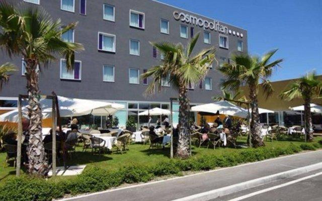 Отель Cosmopolitan Hotel Италия, Чивитанова-Марке - отзывы, цены и фото номеров - забронировать отель Cosmopolitan Hotel онлайн вид на фасад