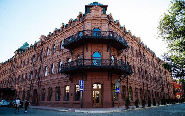 Гостиница Астраханская вид на фасад