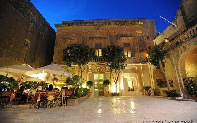 Отель The Xara Palace Relais & Chateaux вид на фасад