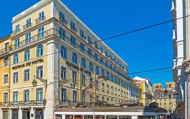 Отель Pestana CR7 Lisboa вид на фасад